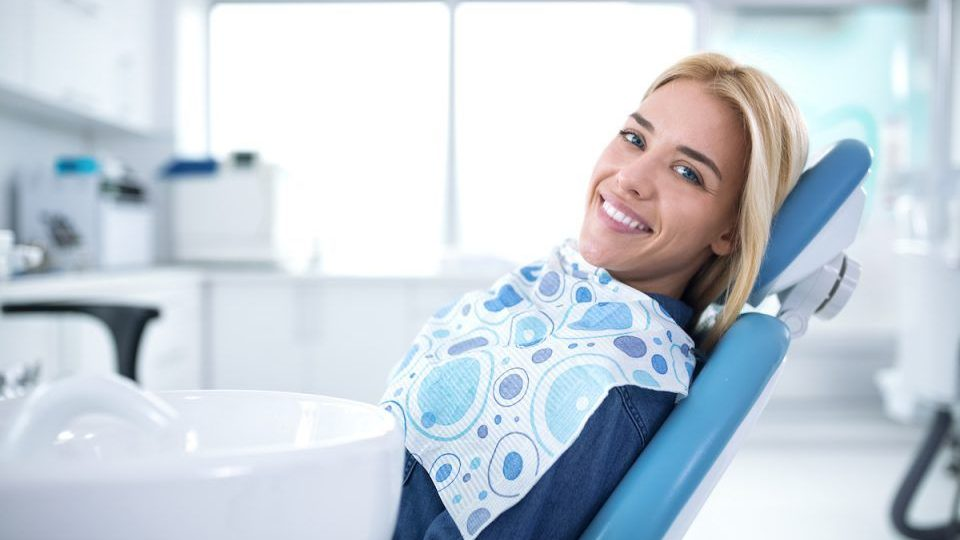 How To Go About Picking the Right Dental Clinic